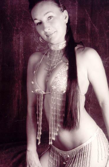 Burlesque Tänzerin buchen